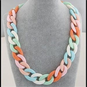 Jewelry - Multi Color Matinee Chain Necklace.